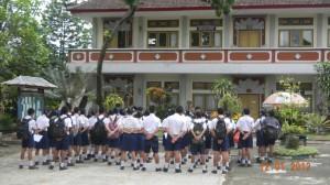 Student meeting at SMP1 Negara Jan 2012
