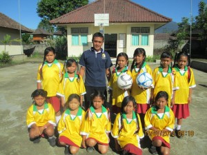 Thanks to Melville Soccer Club who donated soccer tops for schools in Bali.  Soccer uniforms 2 SD4 Pelaga